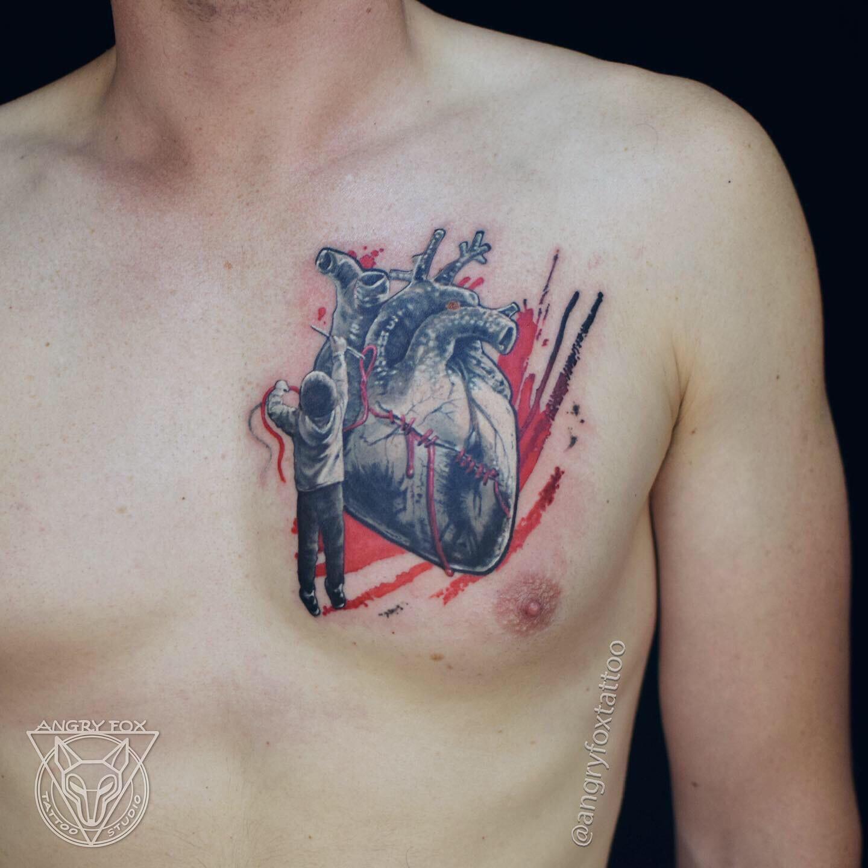 Татуировка, тат, грудь, мужчина, мальчик, ребенок, сердце, нить, зашивает, игла, трэшполька