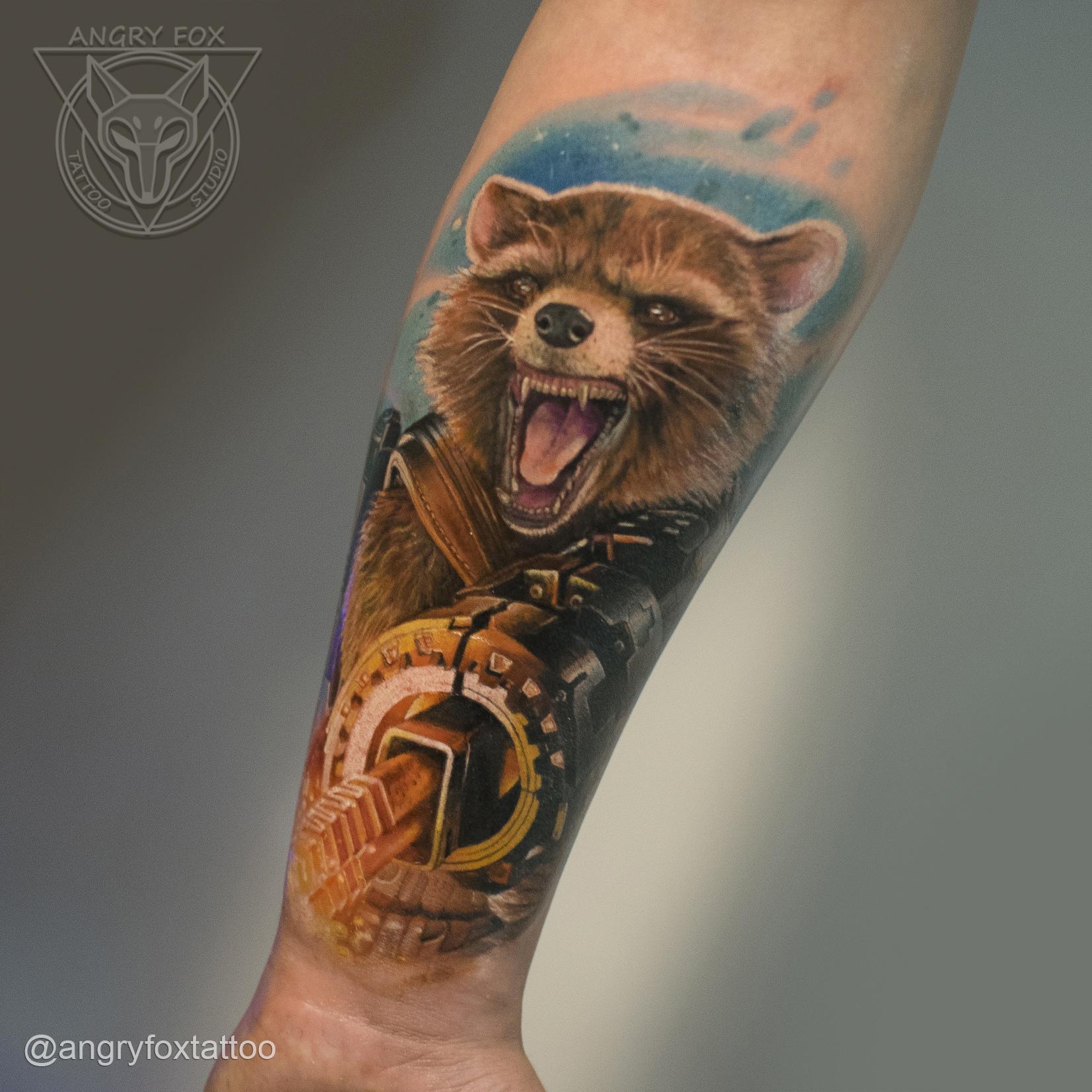 Татуировка, тату, рука, предплечье, енот, ракета, мстители, стражи, галактики, guardians, galaxy, avengers, реализм