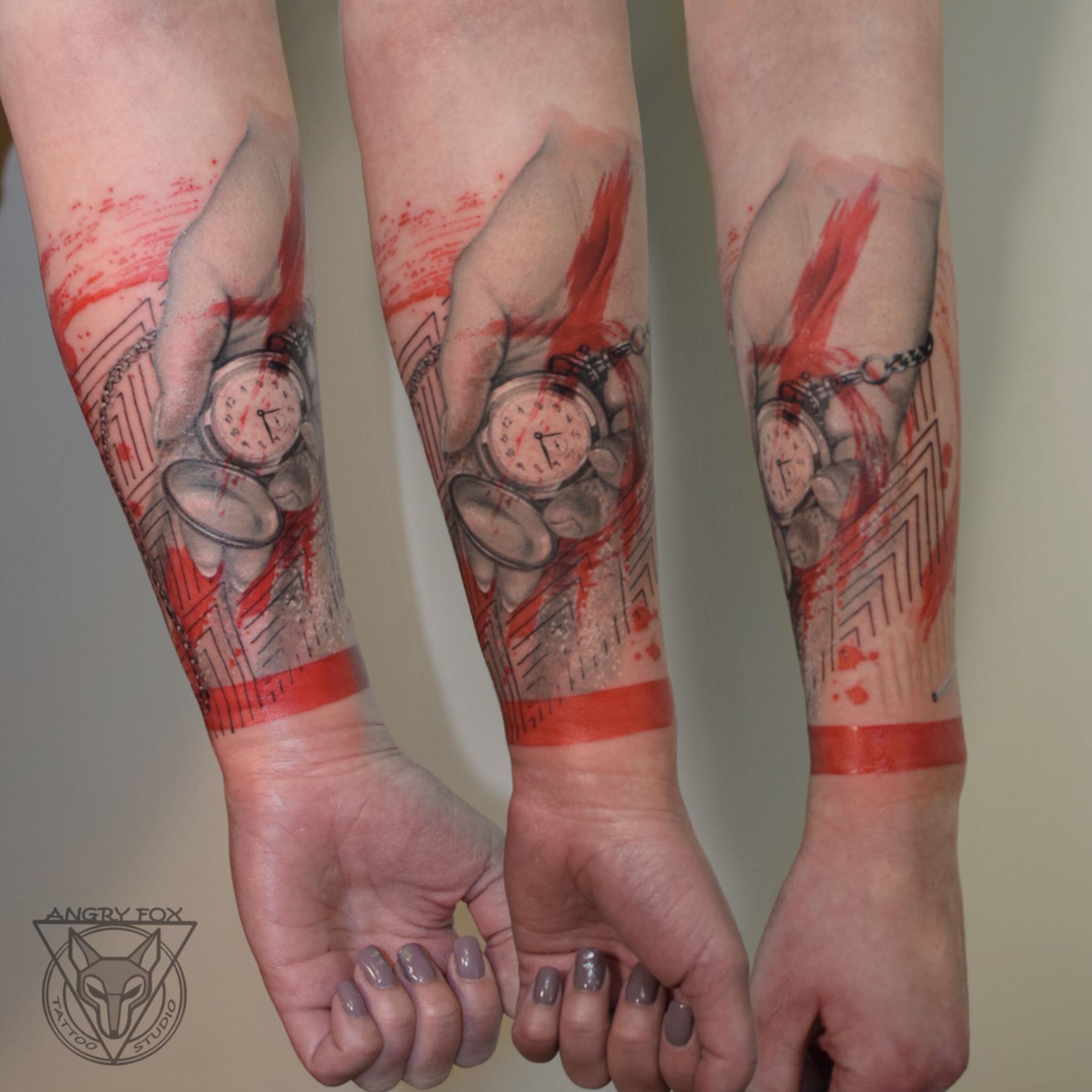 татуировка, тату, рука, часы, секунды, стрелки, песок, время, предплечье, девушка, реализм, трэшполька, графика