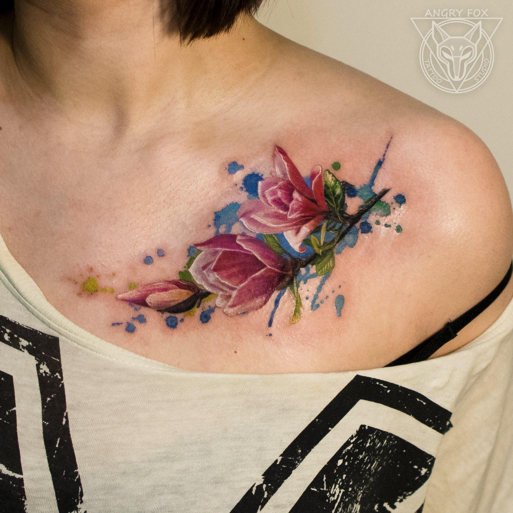 Татуировка, тату, акварель, девушка, ключица, цветок, реализм, веточка, листья