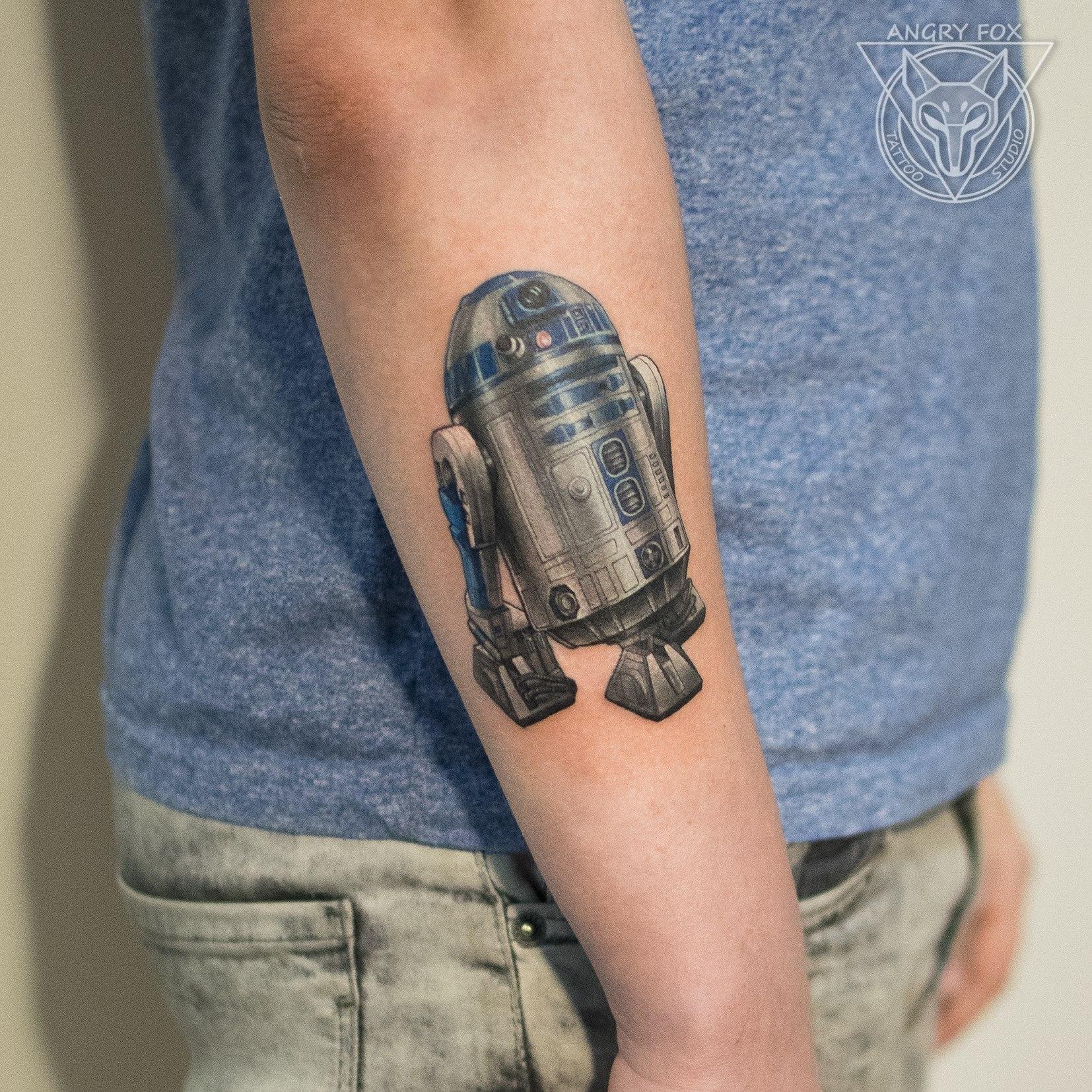 Татуировка, тату, рука, дроид, r2d2, R2-D2, р2д2, звездные воины, star wars, старварс, реализм