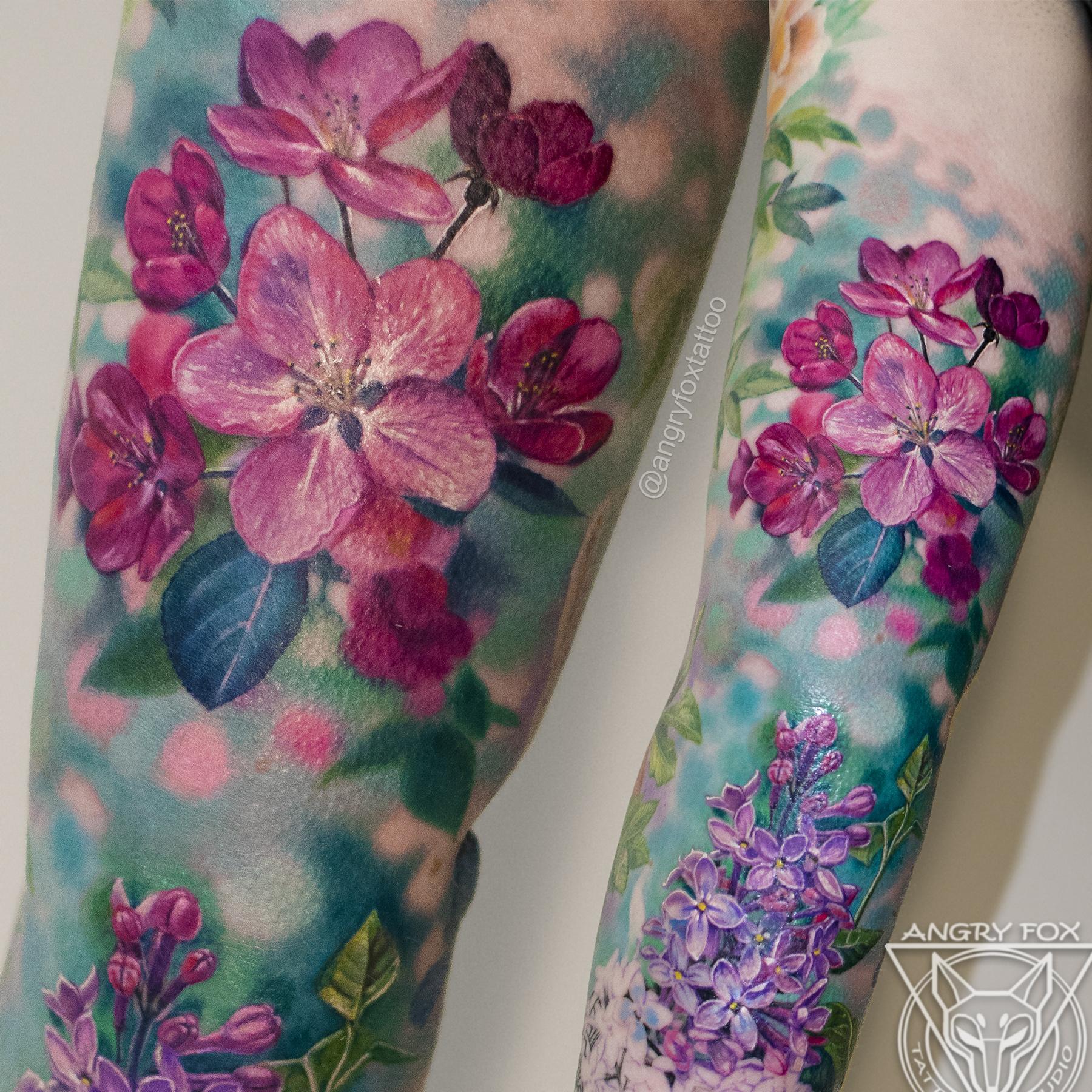 Татуировка, тату, яблоня, сирень, рука, букет, цветы, бутоны, цветная, яркая, реализм